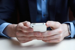 Is mobile the secret to employee participation and platform adoption?